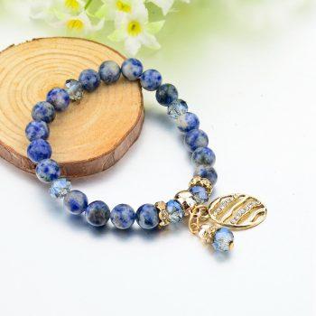 naturaalsete-ovaalsete-siniste-kivide-ja-kristallidega-kaevoru